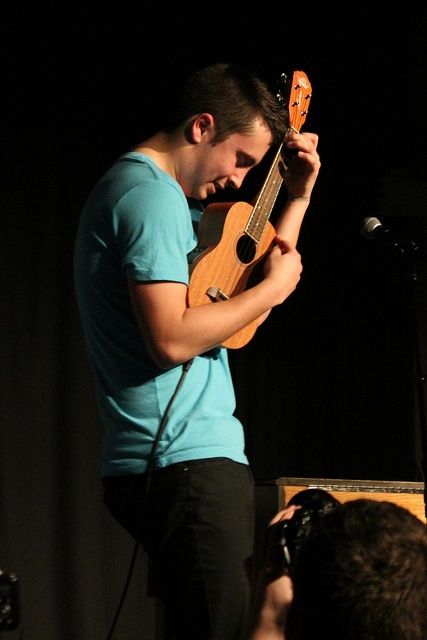 tyler-plays-ukulele